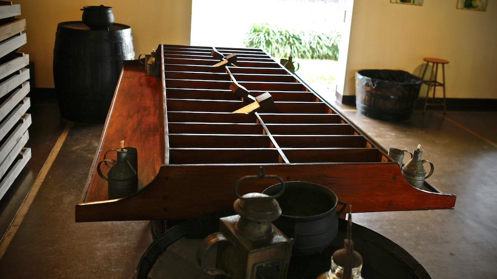 Vanilla calibration desk, Saint Aubin, Mauritius