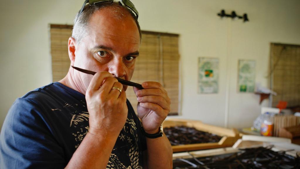 Uwe-Jens Karl, vanilla sampling on Mauritius