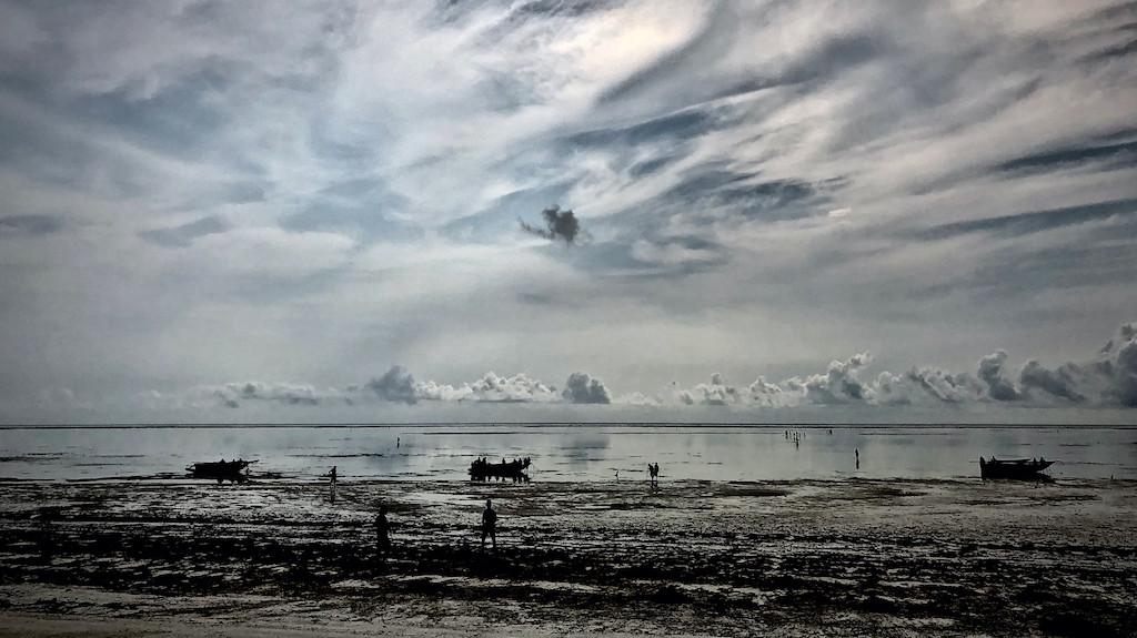Ebbe am Strand von Kiwengwa